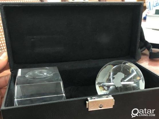 Aljazeera souvenir (globe) الجزيرة كرة تذكاريةزجاج