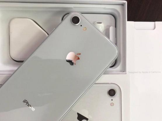 iPhone 8 64gb Brand New Condition