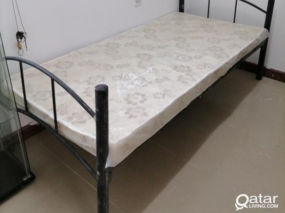 used metal bed with brand new matress