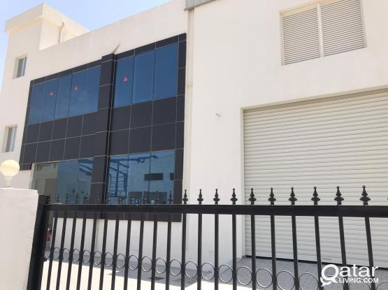 1000 Sqm Warehouse with rooms & offices