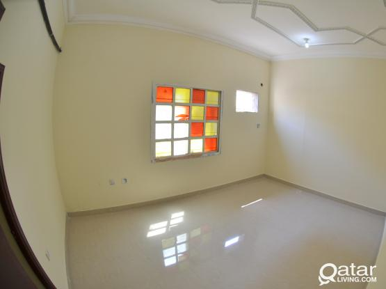 Well Managed, Renovated Villa Units available Near Toyota Signal !!