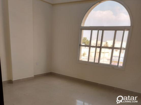 3 bedroom's apartment Exclusive staff in Muaither