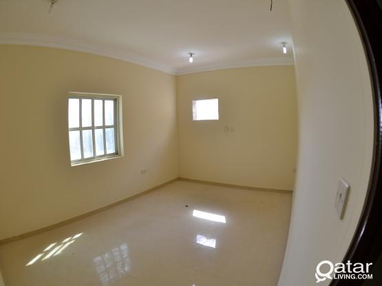 NO EXTRA CHARGES !! NO COMMISSION 2 BHK AVAILABLE THUMAMA.