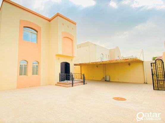 1 Month Free-Spacious 5+1BR Family Villa - Abu Hamour