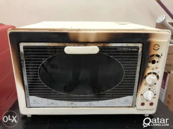 Electric oven working