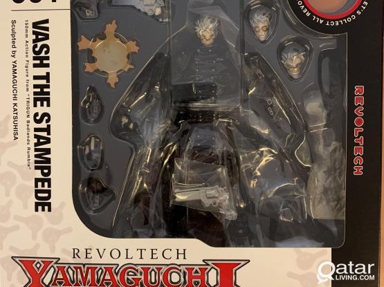 Repriced*Bundle sale*Dark Shift & Trigun Toys