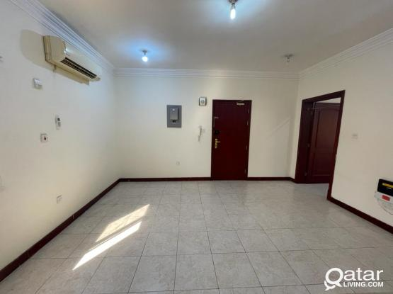1 BHK Available in Umm Ghuwailina For Family