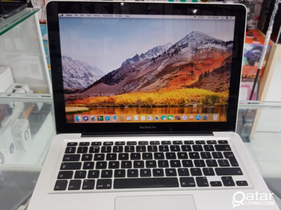 Macbook pro Core i5 Ram 8GB RAM 640GB HDD