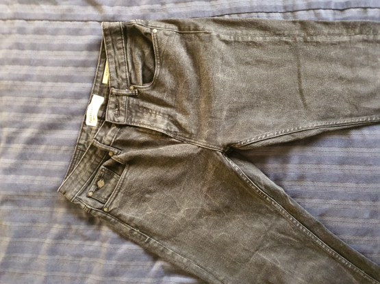 Branded Pants size 31-32