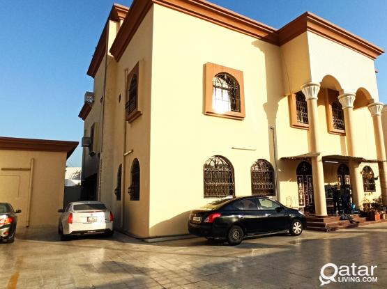 1 BHK FLAT AT PRIME LOCATION IN AL DAFNA (WITHOUT COMMISSION)