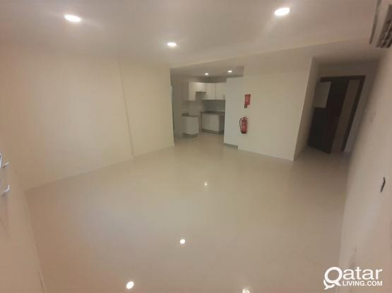 New Spacious UF 2BHK Apt in Matar Qadeem