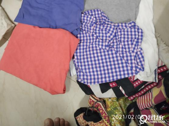 Mens T Sirts Only for 2 QAR Per Piece, Contactact me on 55092365