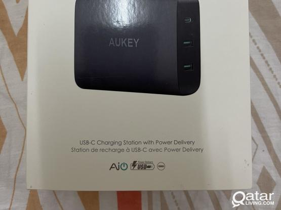 Aukey Charger/Docking Station 60W