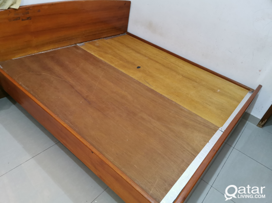 KING SIZE SOLID WOOD BED FOR SALE