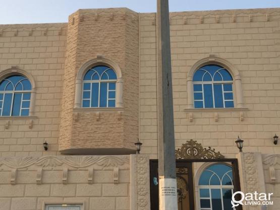FOR FAMILY ONLY-studio -1 bedroom kitchen and bathroom include electric water 1700QR