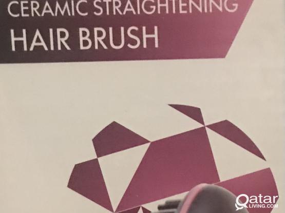 Straightening hair brush