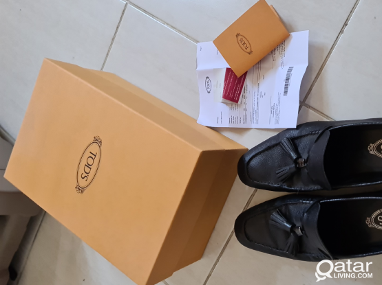 TOD'S Men Shoe Size 9.5 Excellent Condition