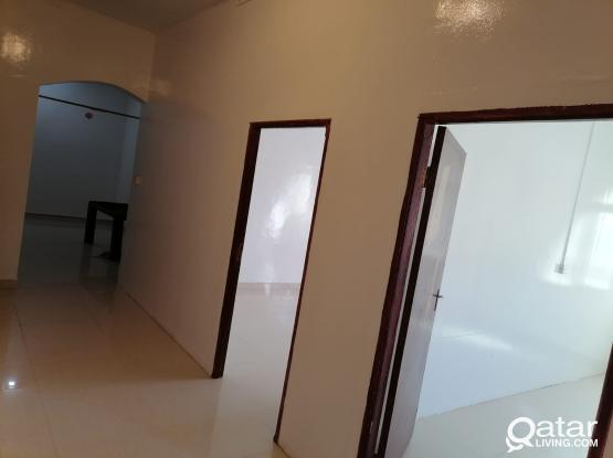 2 BHK AVAILABLE IN BANIHAJER FOR FAMILY OR LADIES BACHELORS
