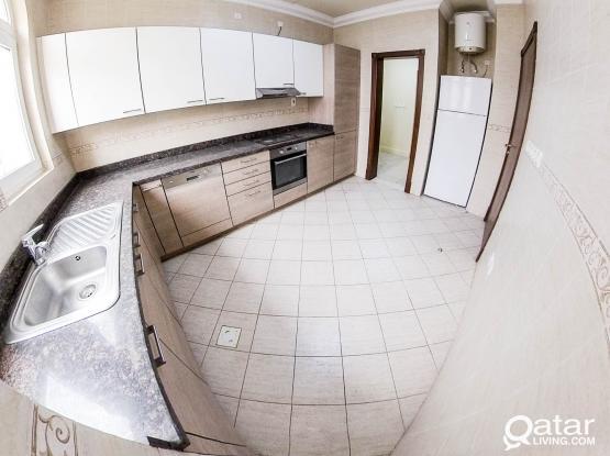 Semi Furnished, 5 BHK Compound Villa in Abu Hamour