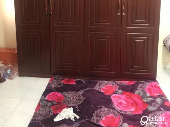 4-DOOR CUPBOARD FOR SALE IN GOOD CONDITION