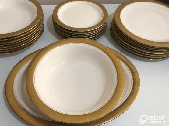 Golden Dinner Set & Tea Set