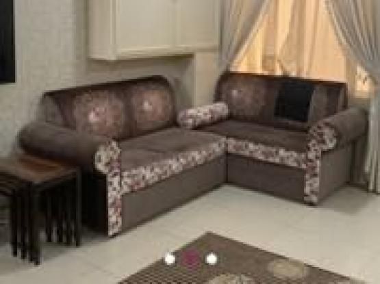 Sofa For Sale With Carpet And Table