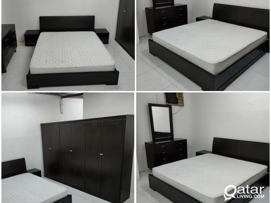 For sale king size bedroom set...
