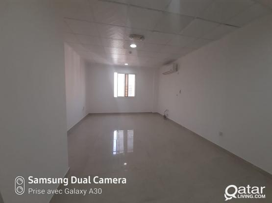 Flat for rent 2rooms in C Ring Rd (Close the Metro)(May Free)