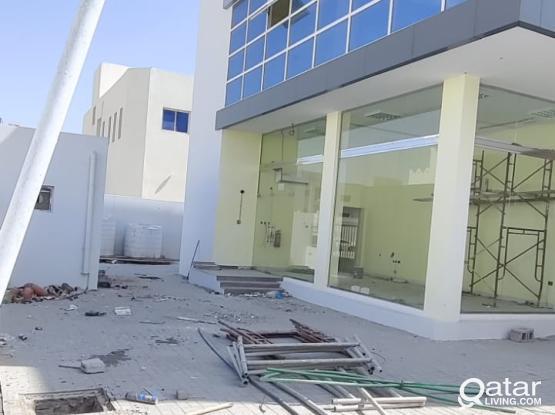 700 Store & 6 Room For Rent - Barkat Al Awamer