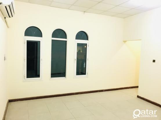 Spacious 1BHK @ Mamoura/Abhuhamor - No commission