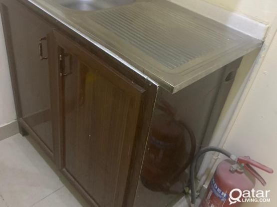 kitchen marble top baison with cupboard for sale.
