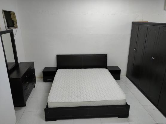 For sale king size bedroom set..