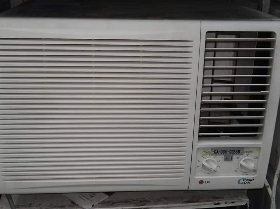 Window split AC for sale good condition 33515489