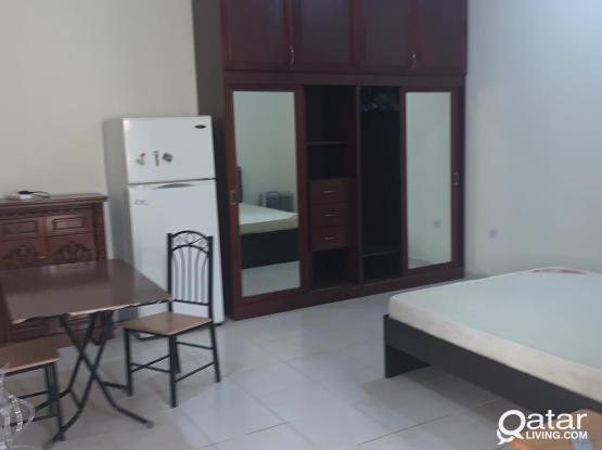 Fully Furnished 1 Master Bedroom & 1 Concrete Room for Rent