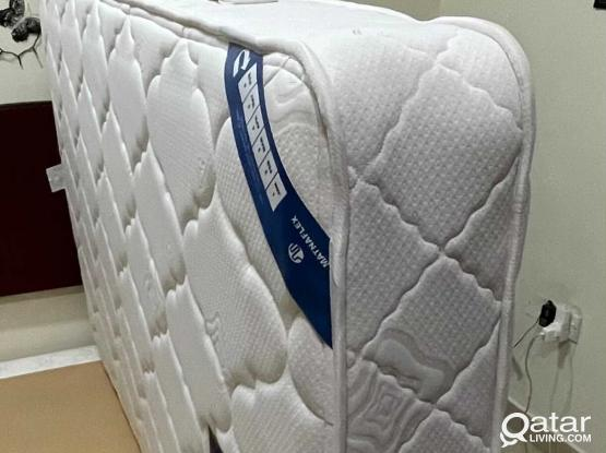 122*200 CM Bed and Bed Base