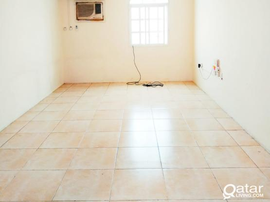 2Bedrooms Unfurnished In Madinat Khalifa South Close To Immigration Roundabout
