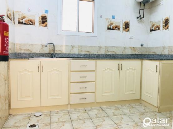 2 bedrooms apartments with balcony available in Alkhor behind Alzaman Exchange