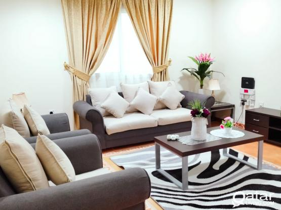(NO COMMISSION) specious 2BHK fully furnished free Wi-Fi , gym old salata Near metro station