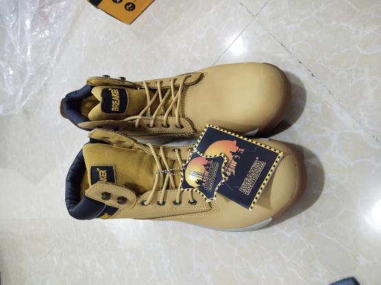 BREAKER metal/steel toe cap boots