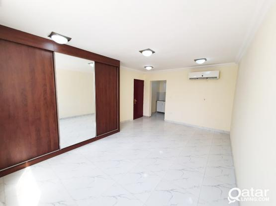 Specious Studio Flat in Al Duhail No commission charge !