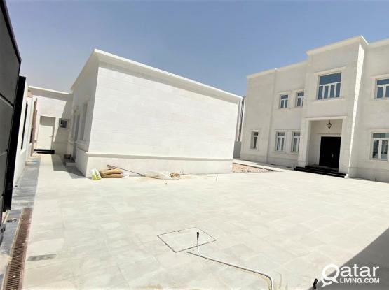 9 Masters Independent Villa in Rawdat Alhamama - للبيع فيلا بمنطقة روضة الحمامة