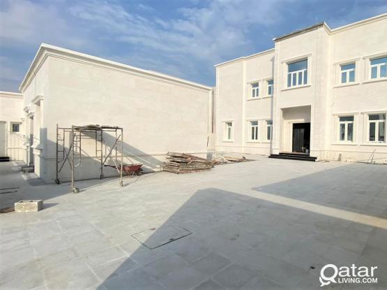 Huge Brand New Villa in Rawdat Al Hamama - للبيع فيلا بروضة الحمامة
