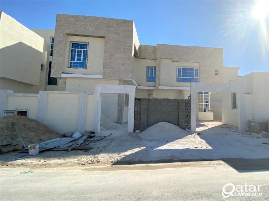 Brand New Modern 7 Masters Villa in Umm Qarn - فيلا جديدة في منطقة ام قرن مكونة من 7 غرف نوم ماستر