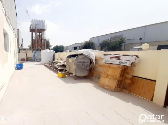 700 SQM STORE WITH 11 ROOMS FOR RENT IN INDUSTRIAL AREA
