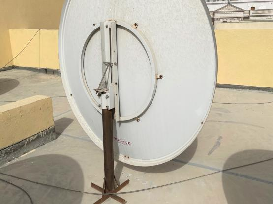 BIG DISH ANTENNA (for Airtel) with LNB & Pole Stand