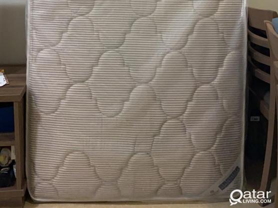 Mattress (Size 100x100)