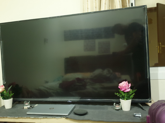 Sound system 6 pices and TV 65 inch android