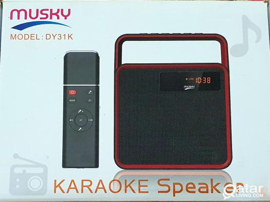 Multifunction karaoke speaker with bluetooth in perfect condition