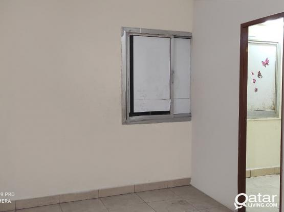 1 BHK FOR RENT IN MADEENA KHALEEFA SOUTH 2600 QR