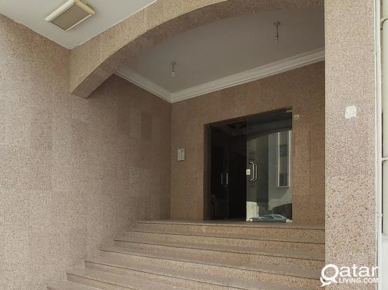 Species 2bhk family apartment, bin Mahmoud, behind La sigale hotel